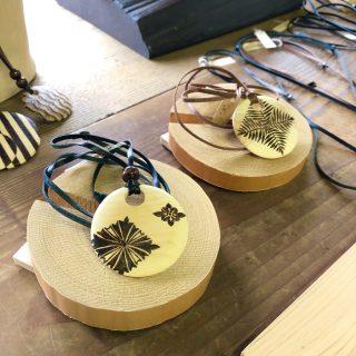 愛知県碧南市の古材家具ショップ 委託作家さんのご紹介「ウッドバーニング 虎谷攝子さん」